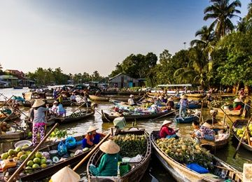 cai rang floating market tour