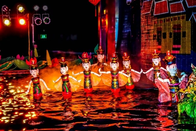 water puppet show 3