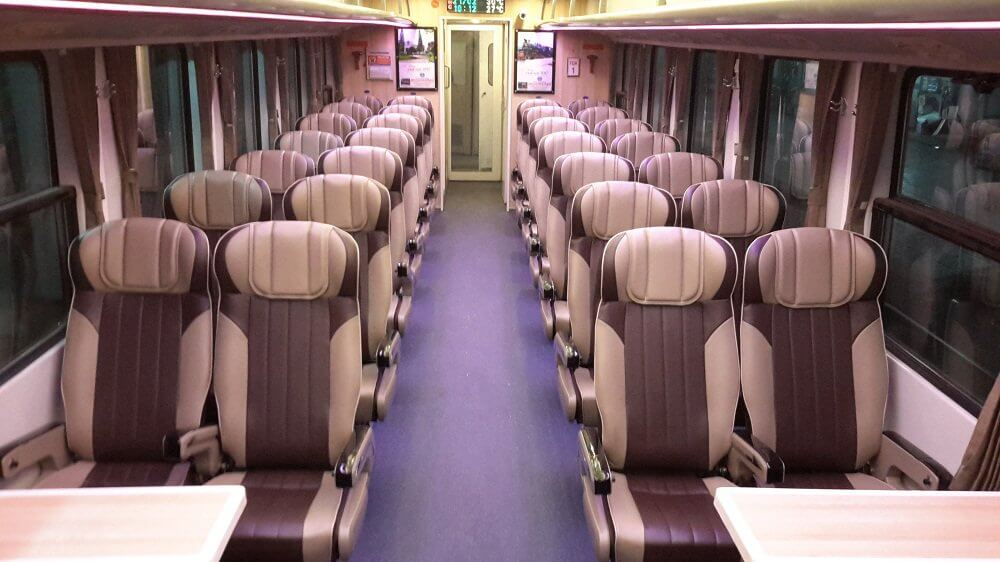 Five-star Train from Saigon to Phan Thiet 5