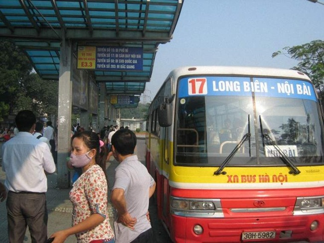 How to get to Hanoi Old Quarter from Hanoi Airport 2