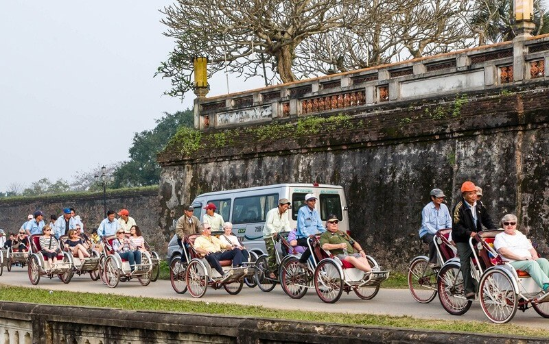 hue cyclo tour