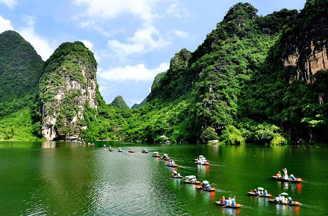 Best Places to Visit in Ninh Binh 9