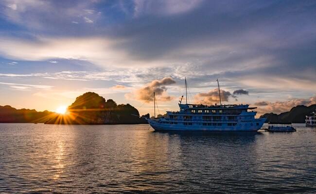 Vietnam travel new year 4