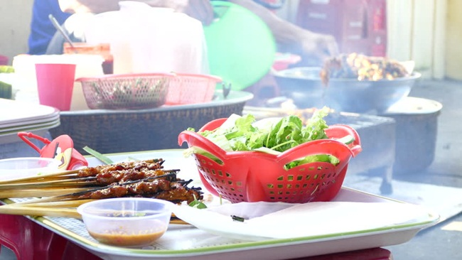 must-try Hoi An street foods 5
