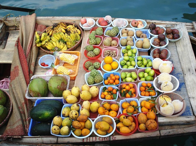 Floating Markets in Mekong Delta 10