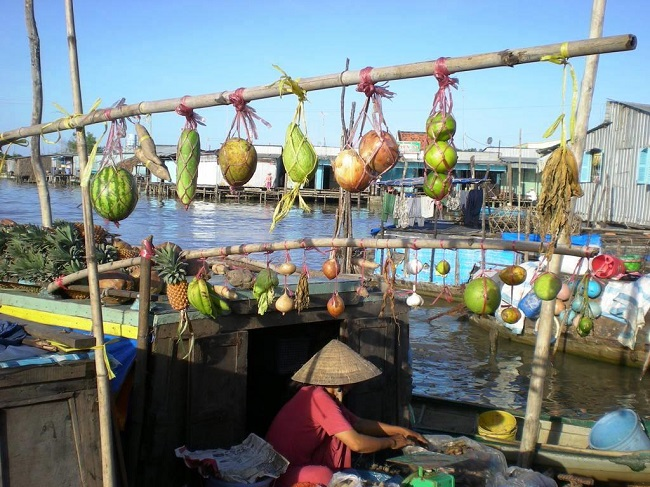 Floating Markets in Mekong Delta 8