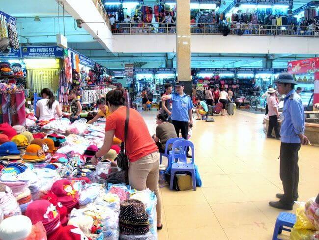 dong xuan market 5