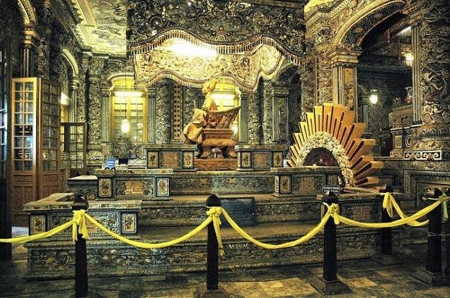 Khai Dinh Tomb 5