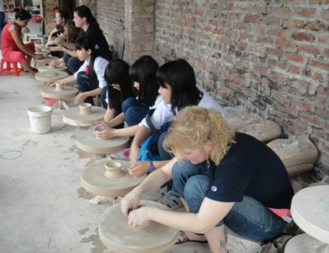 Bat Trang Pottery Village 2