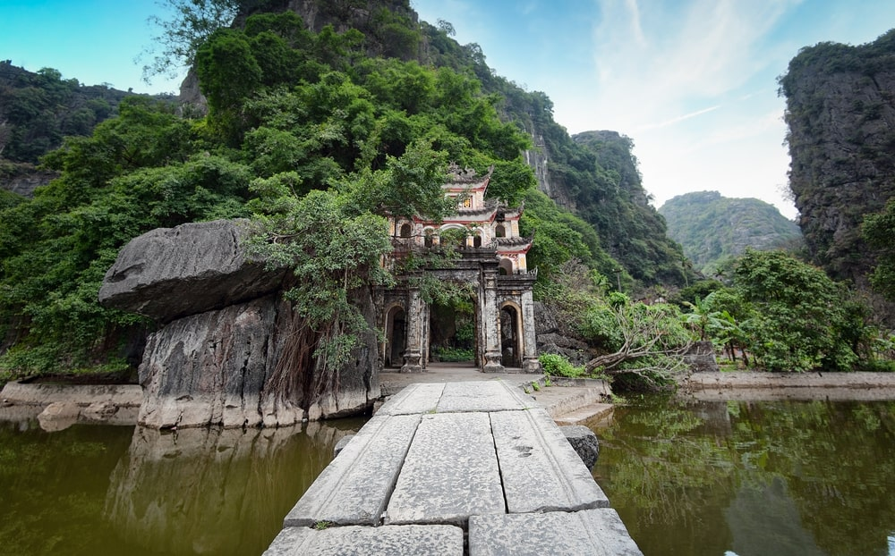 day trip to hoa lu tam coc 2