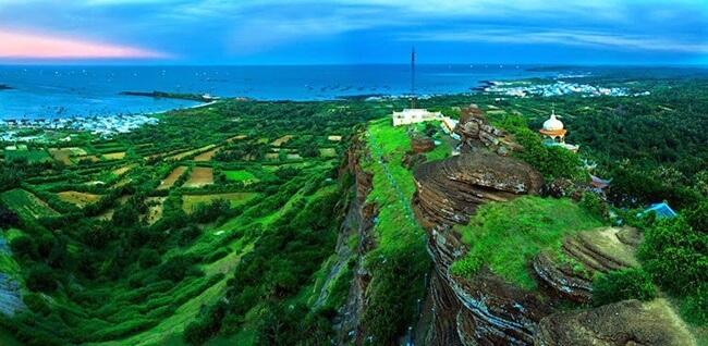 Phu Quy island 1