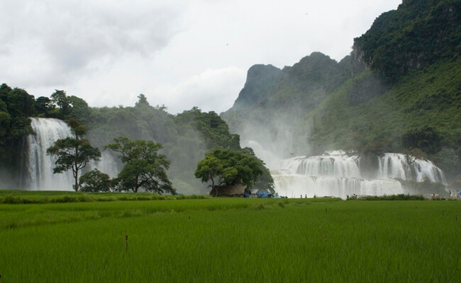 places for trekking in vietnam 10