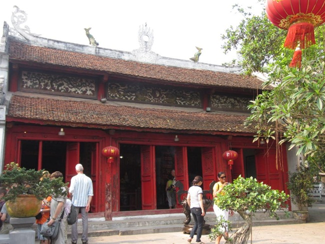 Places to Visit in Hanoi 12