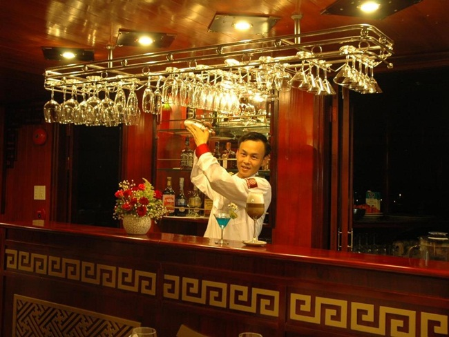 Top 7 Best 4 Star Cruises in Halong Bay 1