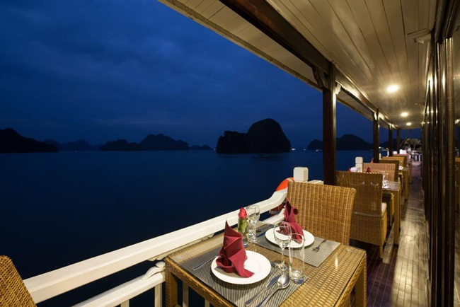 best 3 star cruises in halong bay 14