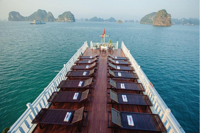 best 3 star cruises in halong bay 8