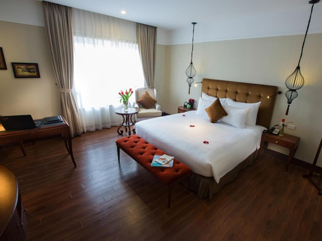 Best 4 Star Hotels in Hanoi Old Quarter 1