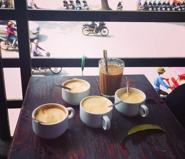 Cafes in Hanoi Old Quarter 3