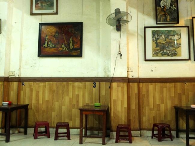 Cafes in Hanoi Old Quarter 10