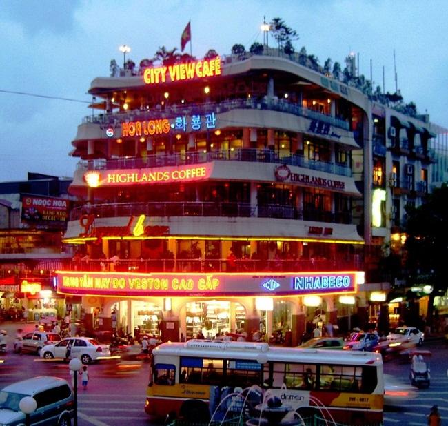 Cafes in Hanoi Old Quarter 15