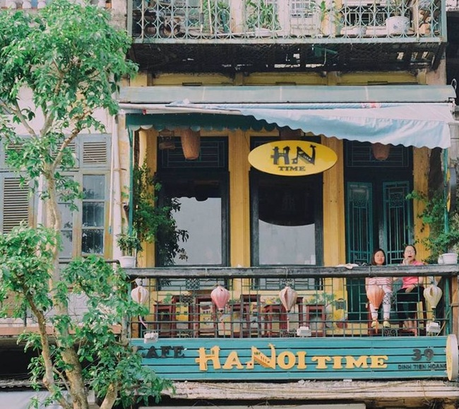 Cafes in Hanoi Old Quarter 17