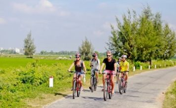 hue biking tour